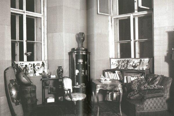 Pohľad do Štefánikovho bytu vParíži.