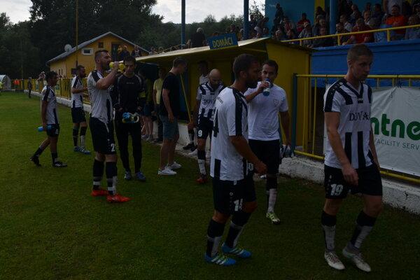 Seniorský futbal v Rožňave znova ožíva.