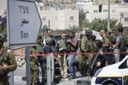 Izraelskí vojaci neďaleko mesta Hebron.
