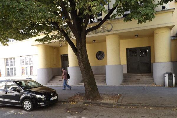 Staré divadlo Karola Spišáka v Nitre.