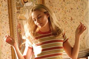 Margot Robbie ako zavraždená herečka Sharon Tate vo filme Quentina Tarantina Vtedy v Hollywoode.
