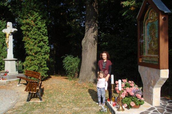 Obraz Ružencovej Panny Márie. Podľa jednej z legiend, pochádza z poľského Tarnova.
