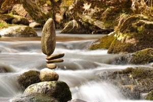 """Stonebalancing v podaní Rudolfa """"Waypu"""" Nováka."""
