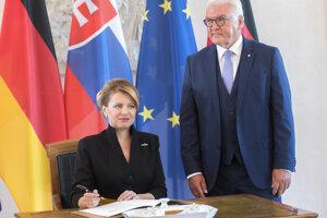 Nemecký prezident Steinmeier pozval na plánované oslavy 30.  výročia pádu Berlínskeho múru aj Čaputovú a tiež prezidentov Česka, Poľska a Maďarska.