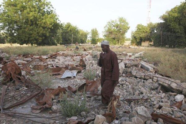 Následky útoku skupiny Boko Haram v nigérijskom Maiduguri.