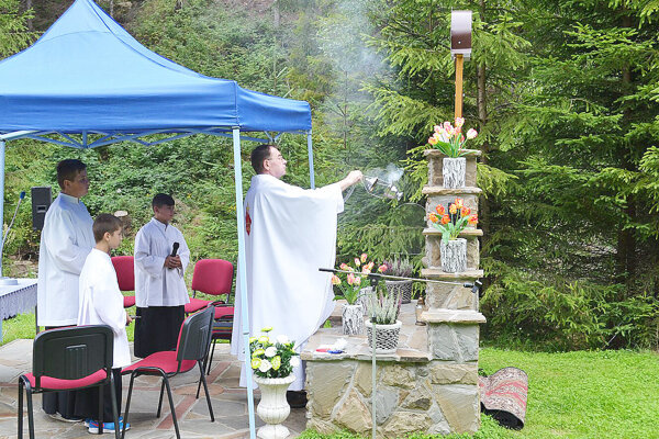 Kaplnku posvätil nový dekan trstenského dekanátu.