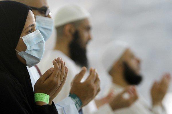 V Saudskej Arábii je vírusom nakazených viac ako 300 ľudí.