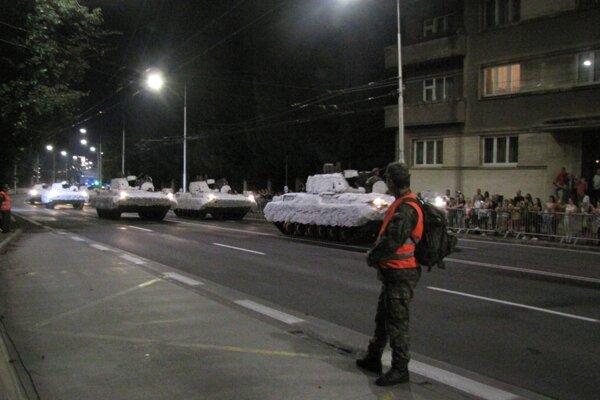 Generálka sa konala vo večerných a nočných hodinách na nábreží Hrona.
