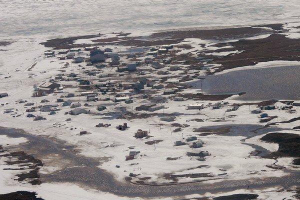 Obyvatelia Newtoku na Aljaške vidia globálne otepľovanie na vlastné oči.