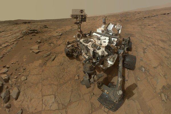 Rover beží na záložný počítač.