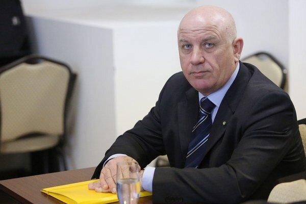 Marino Mersich je podľa SLA jediným právoplatným šéfom Úseku alpských disciplín.