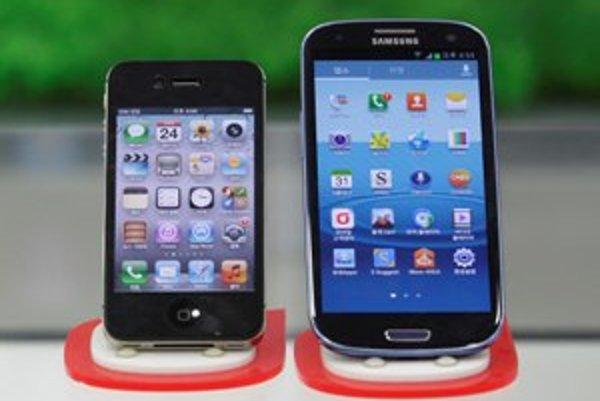Aj smartfón SIII z dielne juhokórejského Samsungu porušuje podľa kalifornského súdu patenty americkej spoločnosti Apple.