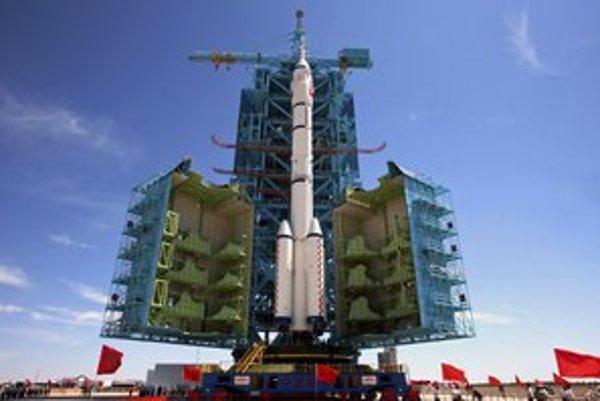 Misia vesmírnej lode Šenčou 9 je už pripravená na štartovacej rampe.