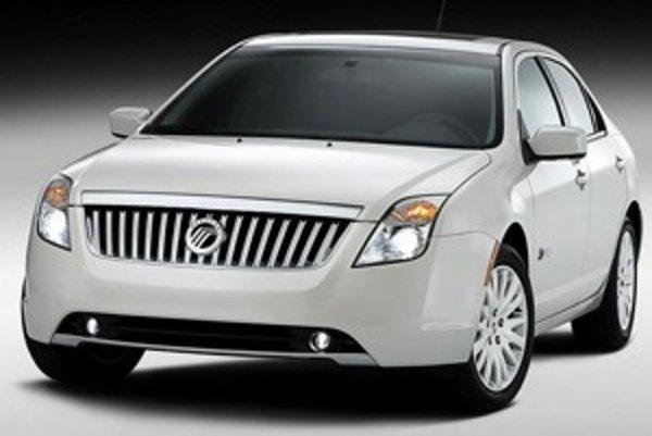 Najlepšie predávaným modelom Mercury je sedan Mercury Milan, spolu s modelom Ford Fusion sú v jednej kategórii. Kým v apríli predal koncern 75.000 vozidiel Fusion, o Mercury Milan prejavilo záujem 11.800 kupujúcich.