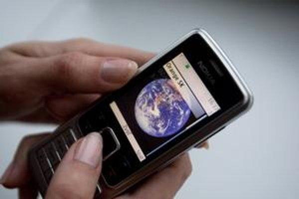 Nokia bola kedysi lídrom na trhu. Po prešľapoch jej vedenia sa potápa.