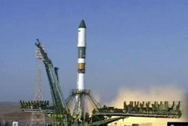 Ruská raketa Progress mala doniesť potraviny na vesmírnu stanicu ISS, namiesto toho dopadla na Altaj.
