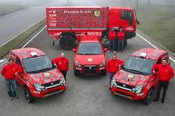 Dve Pandy Cross upravené pre podmienky tejto rely budú pilotovať Miki Biasion s koopilotom Tizianom Sivierom a Francúz Bruno Saby navigovaný spolujazdcom talianského pôvodu Rudym Brianim