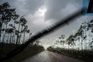 Hurikán Dorian ničí Bahamy.
