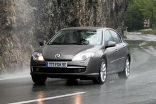 Kontrakt 2009 automobilky Renault obsahuje tri záväzky, ktorými chce Renault znovu získať priazeň a dôveru zákazníkov.