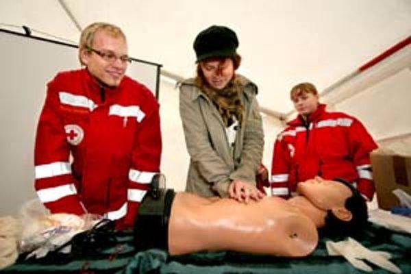 Za kurz prvej pomoci sa neplatí všade na Slovensku rovnako. Červený kríž určil ceny aj podľa kúpyschopnosti obyvateľstva.