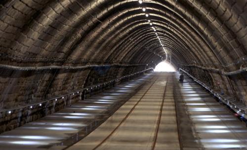tunel.2.sme.jpg