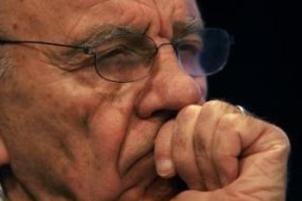 Rupert Murdoch sa chystá spoplatniť aj web Sunday Times.