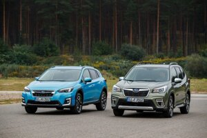 Hybridné modely Subaru XV a Forester