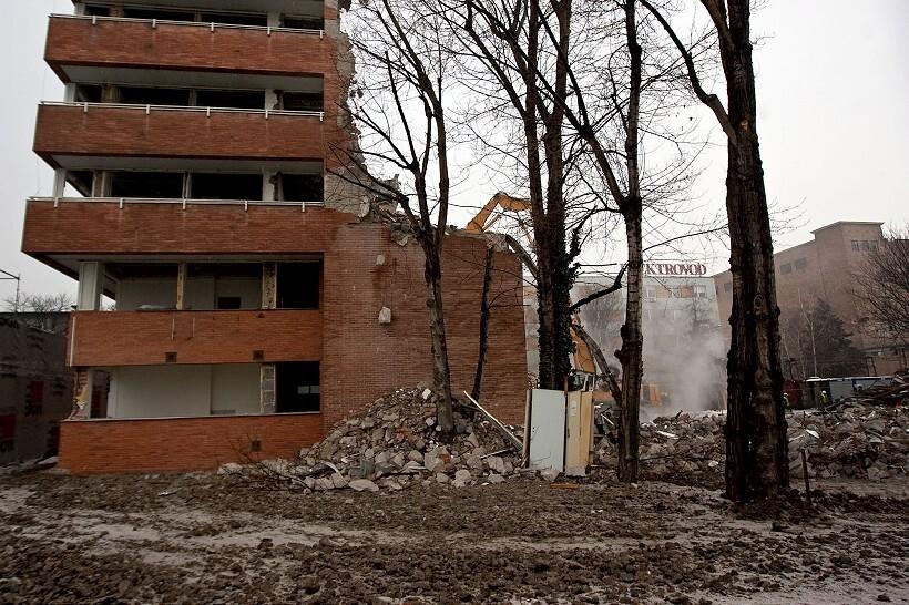 budova-820.jpg