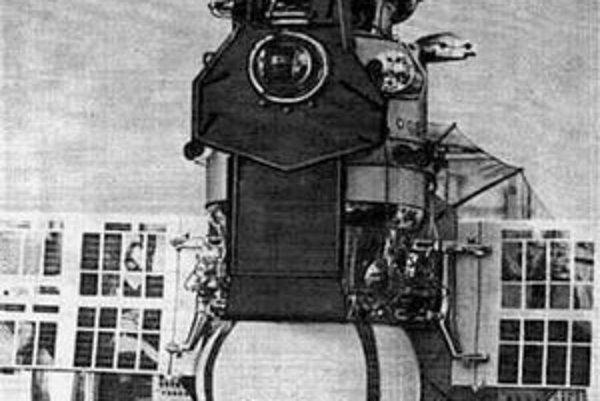 Venera 5 a pristávací modul sondy Venera 9 (pod článkom).
