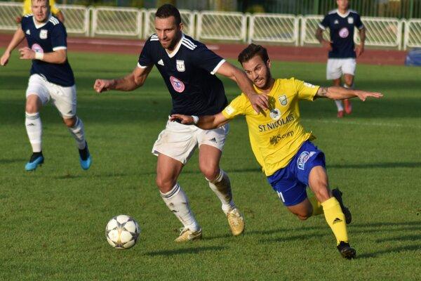 Michalovčania v Slovnaft Cupe končia, stopku im vystavila štvrtoligová Slávia TU Košice.