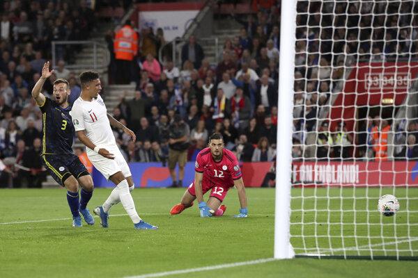 Momentka zo zápasu Anglicko - Kosovo v kvalifikácii EURO 2020.