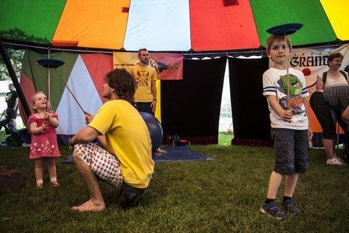 cirkus1_res.jpg