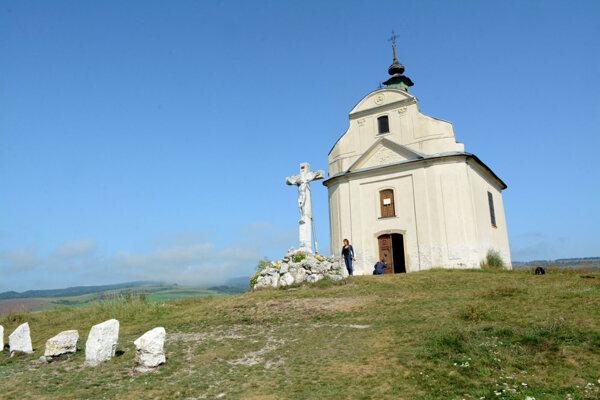 Kaplnka sv. Kríža na Sivej brade je súčasťou Spišského Jeruzalema.