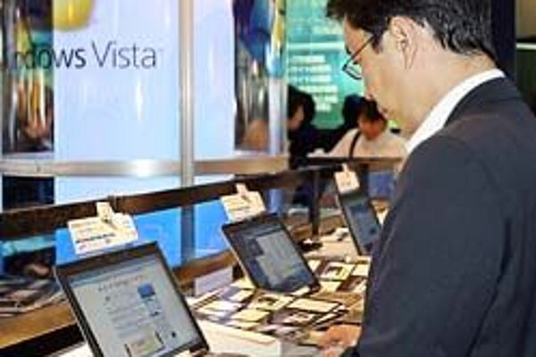 Zákazníci skúšajú nový operačný systém