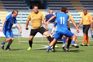 Súboj Euroteamu s Galantou o 11. miesto v Lige mjastrov.