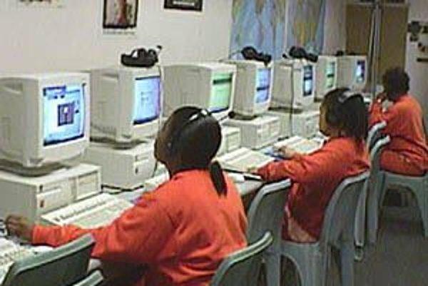 Prístup väzňov k počítačovej technike za účelom vzdelávania je bežnou praktikou vo väčšine krajín sveta. Jedinou podmienkou je dodržať sociálnu izoláciu. FOTO - SFGOV.ORG