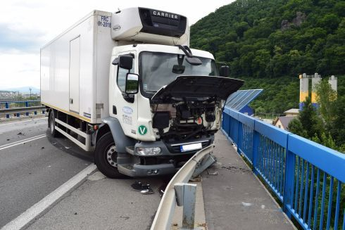 nehoda5_490.jpg