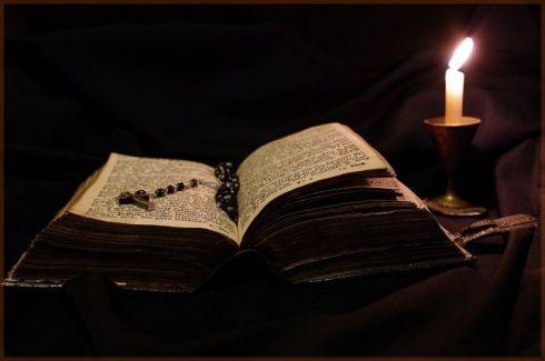 biblia1.jpg
