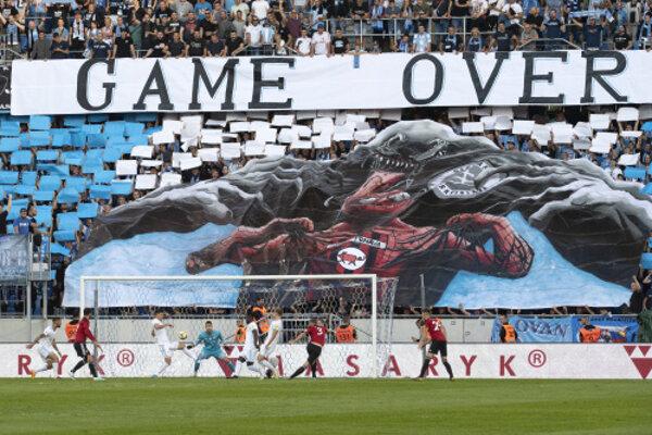 Choreo, ktoré si pripravili fanúšikovia Slovana Bratislava na zápas so Spartakom Trnava.