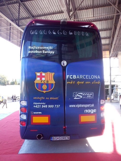 fc-barcelona_r8892_res.jpg