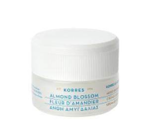 korres-almond-blossom_n-d_r9842.jpg