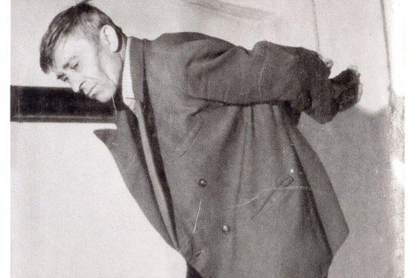 Kolomana Mjartana mučili v Krčme u murára v Cigli.