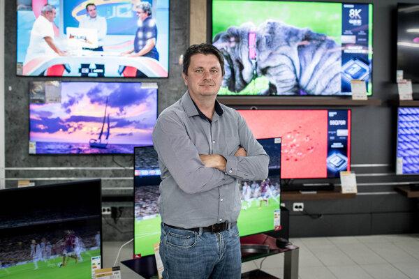 Obchodný riaditeľ spoločnosti Elektrosped, ktorá má pod sebou značky Datart a Hej.sk, Vladimír Sušil.