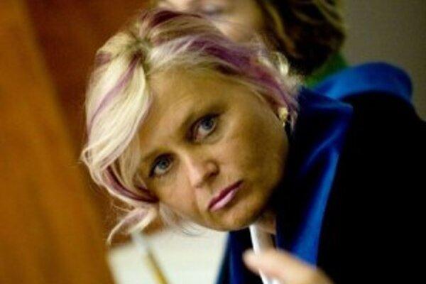 Advokátka Katarína Dušáková je toho názoru, že predseda senátu by ju nemal súdiť.
