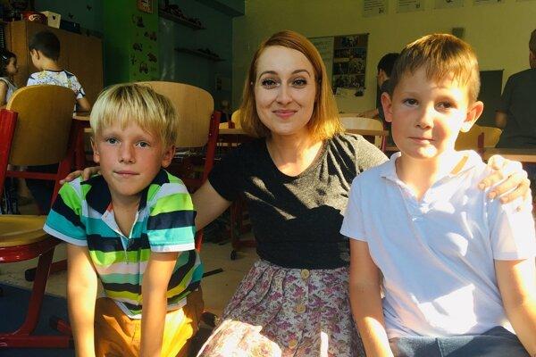 Veronika Husovská s nadanými deťmi.