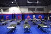 Škola slúžiaca ako prístrešok pri prechode hurikánu.