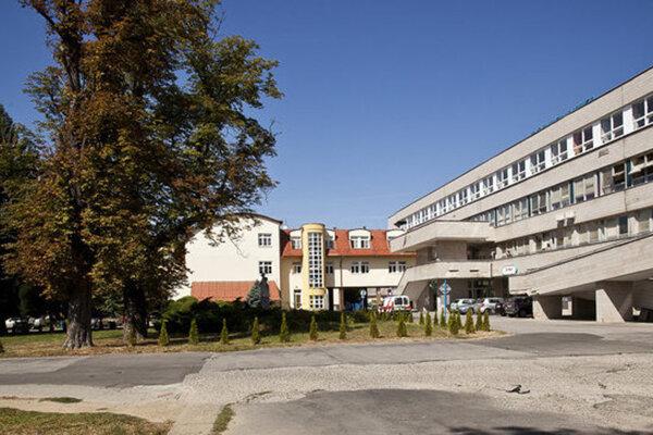 Nemocnica vo Vranove nad Topľou.