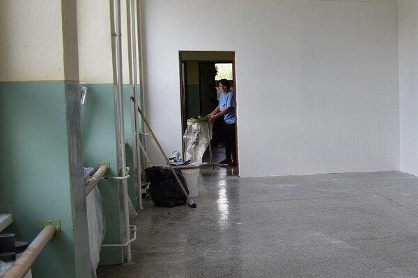 Na hornom podlaží v škole v Košeci pribudla po prestavbe jedna učebňa.