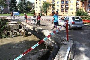 Veľká voda v auguste 2010 narobila v Handlovej veľké škody.