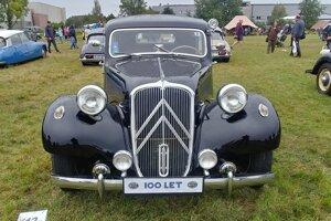 Citroen Traction Avant v roku 1934 masovo rozšíril koncepciu pohonu predných kolies.
